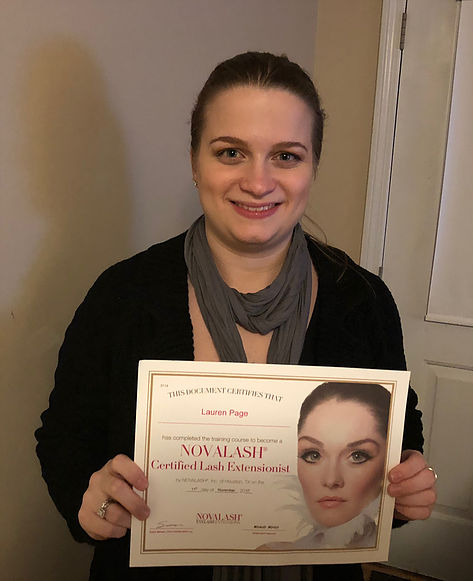 On November 11, 2017, I became a Certified Eyelash Extensionist through a training by NovaLash!