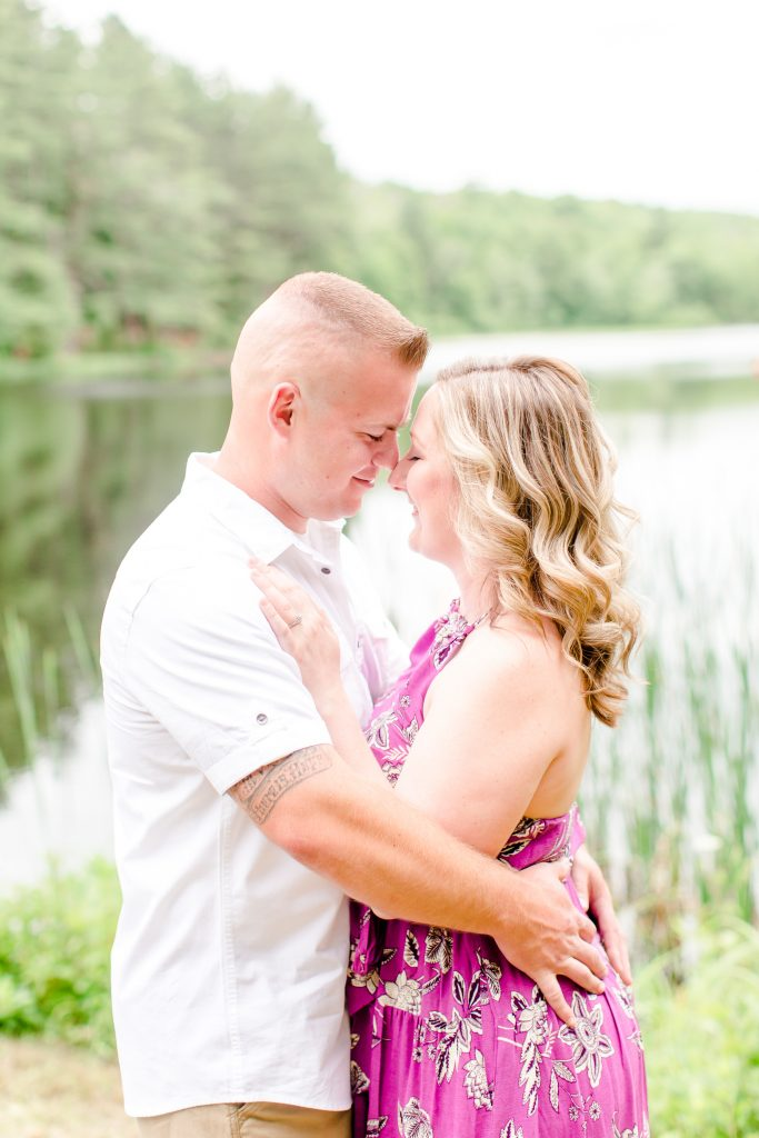 Carol and Steve exude such love in their engagement pictures and it just makes my heart flutter! See for yourself how gorgeous everything came together!