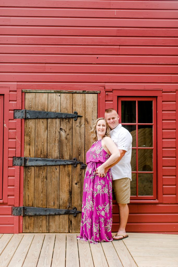 Loving this red barn background for this engagement session at Lavender Pond Farm in Killingworth, CT.