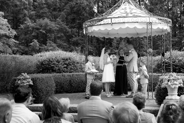 An intimate look at Shana's Wickham Park wedding.