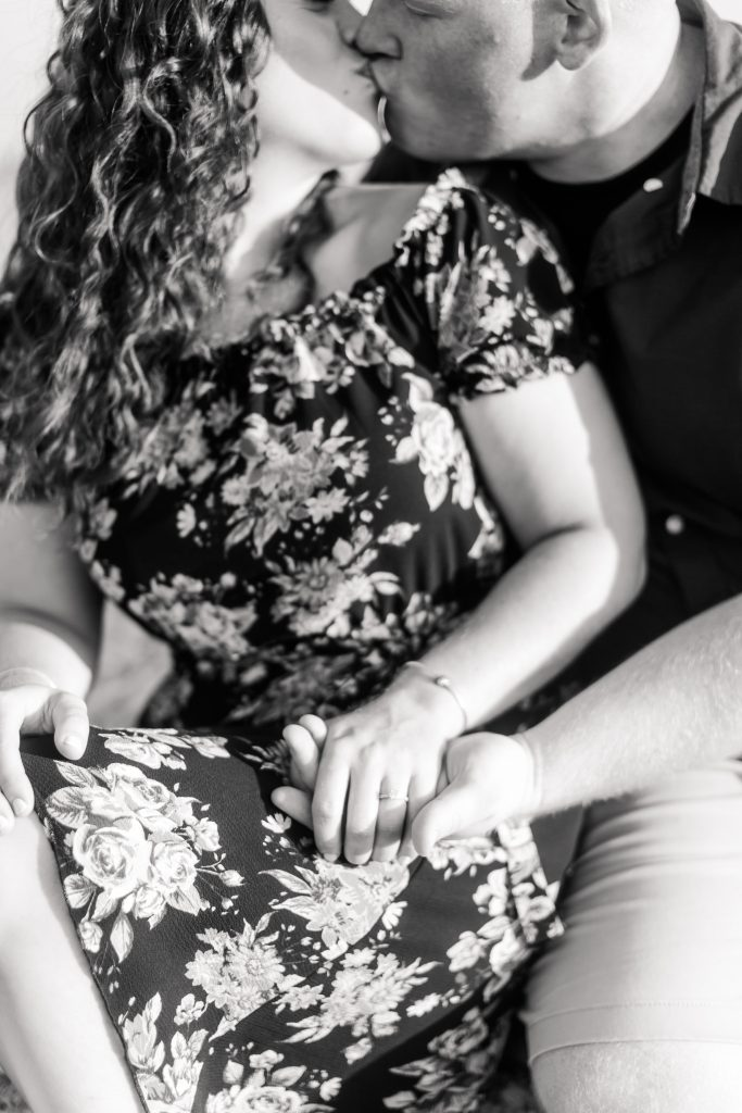 If you don't have at least one killer black and white shot during your engagement photoshoot, are you even doing it right?!