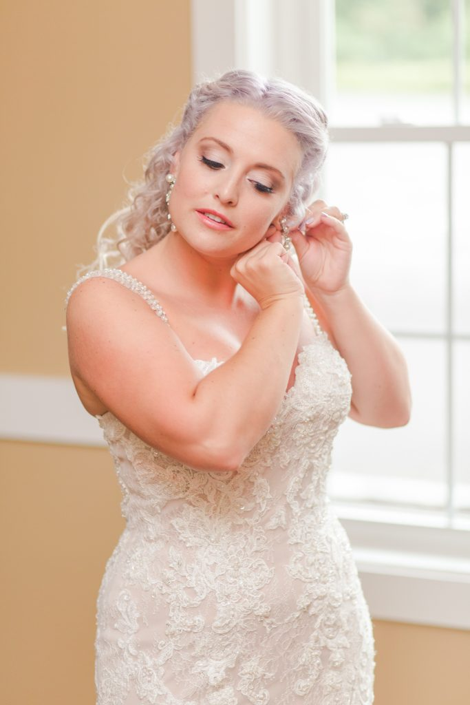 Of course I'm absolutely in LOVE with the gorgeous makeup shots at The Lake House wedding in Wolcott, CT.