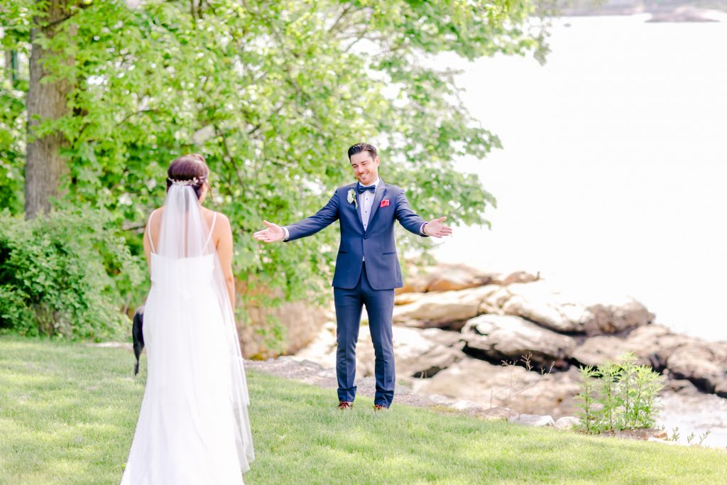 How adorable is this first look?! He's so proud of his bride!