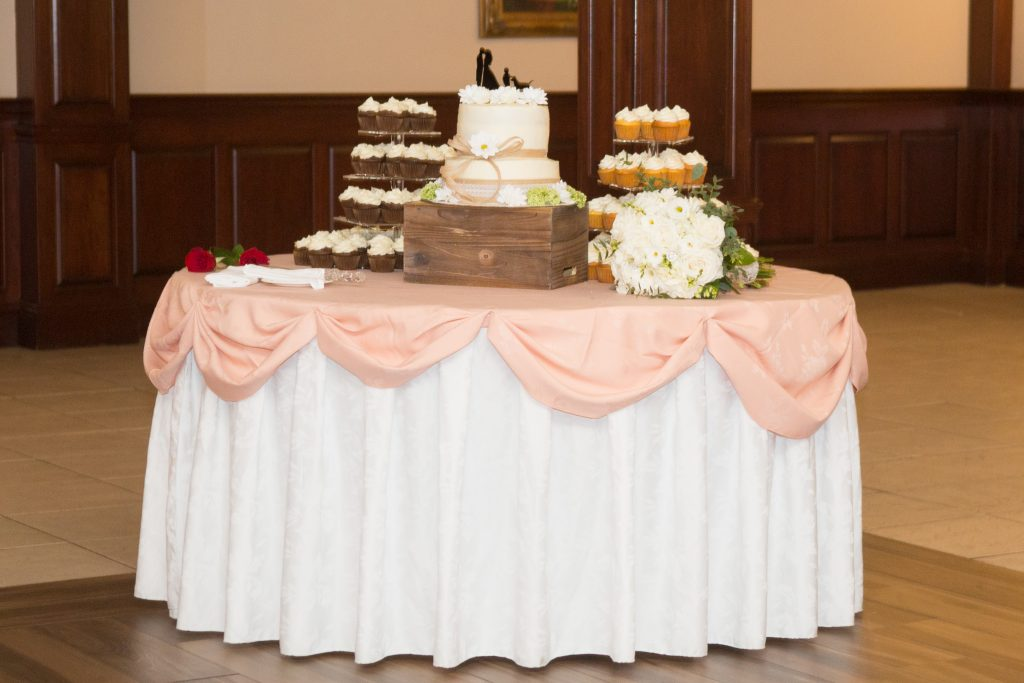 Delicious desserts and fabulous florals perfect for any wedding!