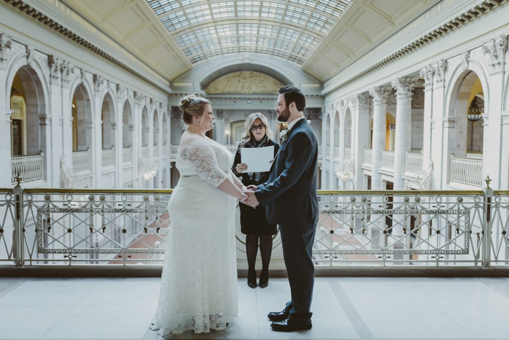 city hall elopement, bride, groom, justice of the peace